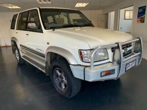 2001 Holden Jackaroo U8 SE LWB (4x4) White 4 Speed Automatic 4x4 Wagon North Toowoomba Toowoomba City Preview