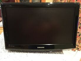 """Samsung 23"""" hd ready tv with built in Freeview (pick up from Banbridge)"""