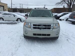 2008 FORD ESCAPE 4X4,AUTOMATIQUE,4 CYL,CUIR MAGS,A/C,122000 KM