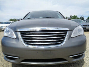 2012 Chrysler 200 TOURING-REMOTE STARTER------ONLY 72K