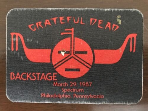 Grateful Dead - March 29, 1987 - Philadelphia Spectrum satin backstage pass