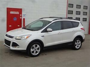 2014 Ford Escape AWD ~ Nav~Backup Cam~Heated seats ~ $13,995