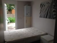 3 rooms available in a 3 bedroom flat in Clapham North! Don't miss this bargain!
