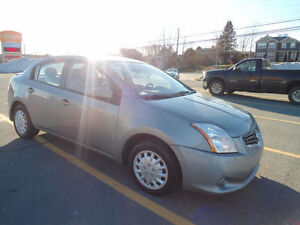 DEAL2011 Sentra base ! LIKE NEW ! ONE OWNER CAR