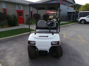 2014 CLUB CAR Carryall 100 GAS POWERED - EFI - UTILITY CART Cornwall Ontario image 8