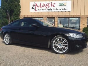 2011 BMW 3-Series 335i xDrive Coupe (2 door)