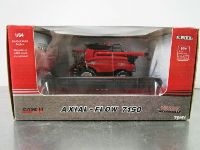 ERTL CASE IH AXIAL-FLOW 7150 COMBINE W/ DRAPER AND CORN HEAD
