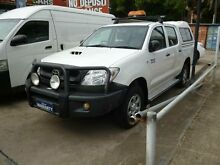 2009 Toyota Hilux KUN26R 09 Upgrade SR (4x4) White 5 Speed Manual Dual Cab Pick-up Holroyd Parramatta Area Preview