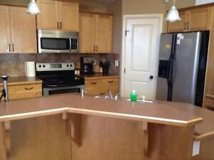 Fully Furnished Houses for Rent in Grande Prairie -CREWS WELCOME