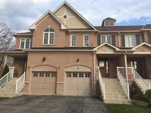 Three bedroom Townhouse Barrie - South