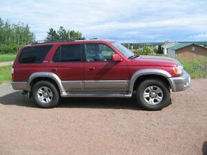 2001 Toyota 4Runner Limited SUV, Crossover