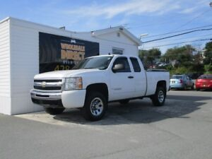 2009 Chevrolet Silverado 1500 TRUCK  LS Extended Cab 4X4 5 PASSE