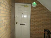 Spacious UNFURNISHED first floor flat in popular Meadowbank area of the city
