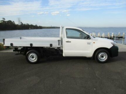 2014 Toyota Hilux TGN16R MY14 Workmate White 5 Speed Manual Cab Chassis Dapto Wollongong Area Preview