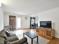Beautiful 3+1 B/R Condo with Finish Bsmt at Prime Location