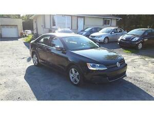 2011 Volkswagen Jetta TRENDLINE-ONE OWNER-P/ROOF-NEW TIRES!