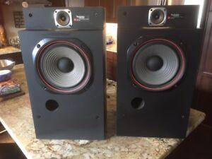Vintage Technics SB-4500 Linear Phase Speakers- Excellent Shape