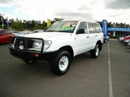 2002 Toyota Landcruiser HZJ105R Standard White 5 Speed Manual Wagon Dutton Park Brisbane South West Preview