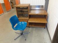Bureau d'ordinateur avec Chaise et Petite Bibliotèque en véritab