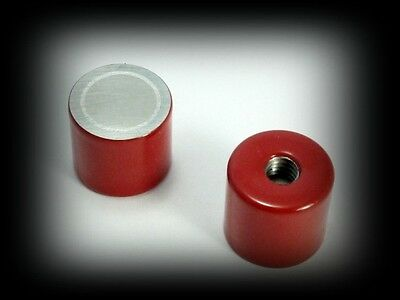 Red Deep Pot Magnet Alnico 5. up to 220 deg.C. 2.1kg Pull. 17.5 x 16mm - M6 hole