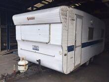 1976 Franklin 18ft Bunks Caravan Registered Dual Axle Springvale South Greater Dandenong Preview