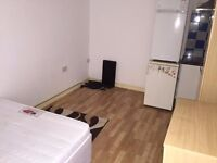FURNISHED STUDIO ON BISCOT ROAD LUTON £585PCM INC ELECTRIC&WATER LU31AT
