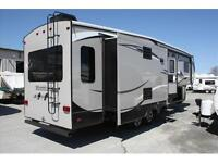 """2015 Montana High Country Fifth Wheel 305RL """"REDUCED"""""""