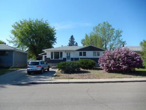 2714 10a ave south super single garage great price