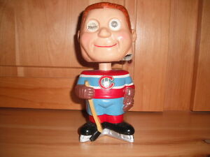 Looking To Buy These Hockey Types Of Hockey Collectibles London Ontario image 1