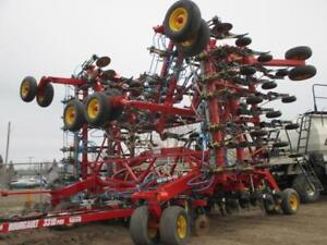2010 Bourgault 3310Air Drill