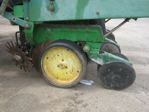 John Deere 7000 Planter Cambridge Kitchener Area image 5