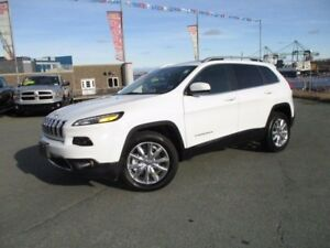 2016 Jeep CHEROKEE  LIMITED (3.2L V6, 4X4, PANO ROOF, R/CAM, R/S