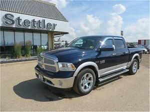 2015 RAM 1500 Laramie 4x4 ECODIESEL!!  SUNROOF! TOW PACKAGE!