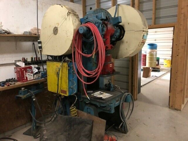 56 Ton , Mechanical Federal OBI Press with Foot Pedal