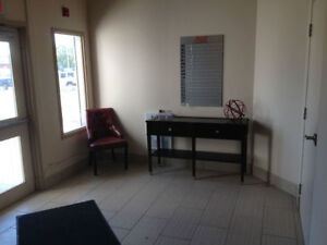 *POSH FURNISHED OFFICE SPACES 4 RENT! 1ST RENT FREE! FREE VAN!* Kitchener / Waterloo Kitchener Area image 2