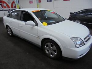 2004 Holden Vectra ZC MY2004 CDX White 5 Speed Automatic Hatchback Wangara Wanneroo Area Preview