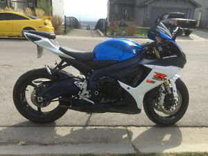 2011 Suzuki GSXR750 with extras