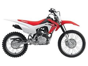 *Brand New* 2016 Honda CRF125FB (Big Wheel) 0.9% & Save $500!