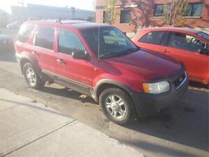 Ford Escape 2002 $795 carte de credit accepte 514-793-0833