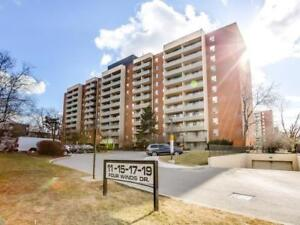 This Bright And Spacious Three Bedroom Unit Offers Over 1200 Sq.
