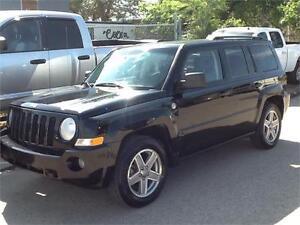 2007 Jeep Patriot Sport 145KMS $4595  MIDCITY 1831 SASK AVE
