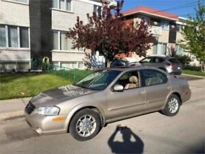 2000 NISSAN MAXIMA- automatic- CUIR-TOIT- impecable  2000$ *