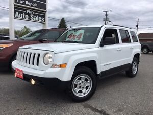 2015 Jeep Patriot North Edition 4x4  ROOMY GAS SAVER! FOG LIGHTS