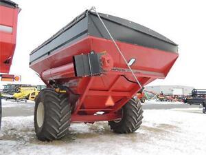 2015 Unverferth 9250 Grain Cart - 1000+ bu, 410 Scale,Hyd Drive Regina Regina Area image 3