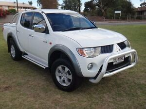 2006 Mitsubishi Triton ML GLX-R (4x4) White 4 Speed Automatic 4x4 Double Cab Utility Albert Park Charles Sturt Area Preview