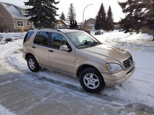 2001 Mercedes-Benz M-Class 3.2L Classic SUV, Crossover