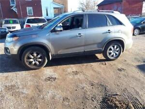 2011 Kia Sorento LX-V6-7 passengers-Bluetooth-Power/Heated Seat