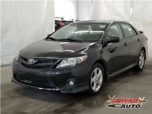 Toyota Corolla S Toit Ouvrant A/C MAGS Aileron 2013