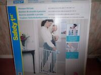 Stair Safety Gate: Pressure Fit Gate by Safety 1st