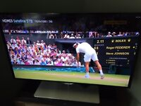 "Samsung Smart TV UE40F6670 40"" 3D 1080p HD LED Internet TV with 3d Glasses, excellent condition"